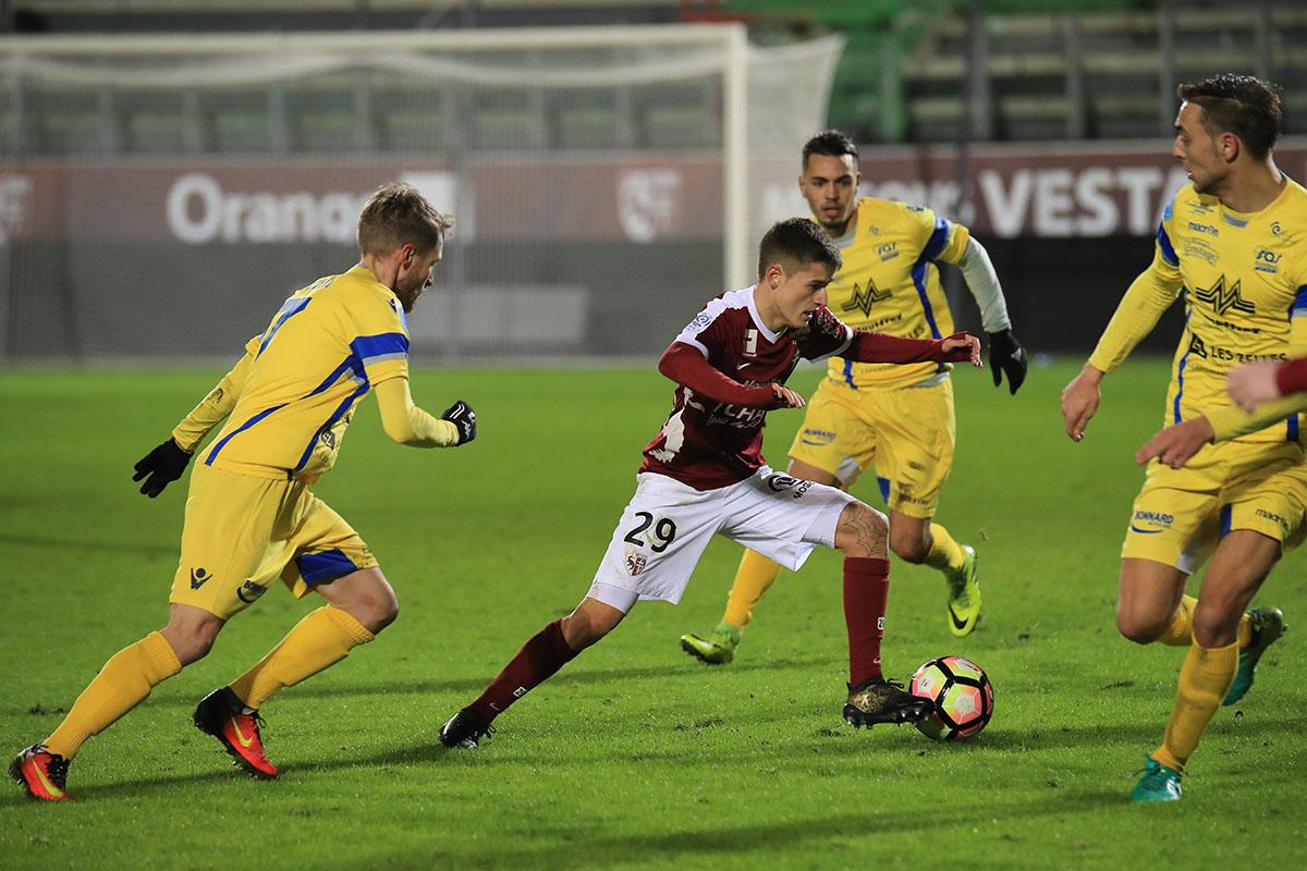 Prediksi Dunkerque vs Metz