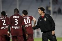 Istres-Metz, 36° journée de L2  : Cheikh Gueye, Diagne Fallou, Mathieu Duhamel et Dominique Bijotat après le second but