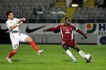 Metz-Boulogne  : En l\'absence de Guerriero, blessé, c\'est Kalidou Koulibaly qui portait le brassard.